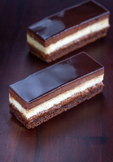 Chocolate-&-Vanilla-Slice-SM.jpg